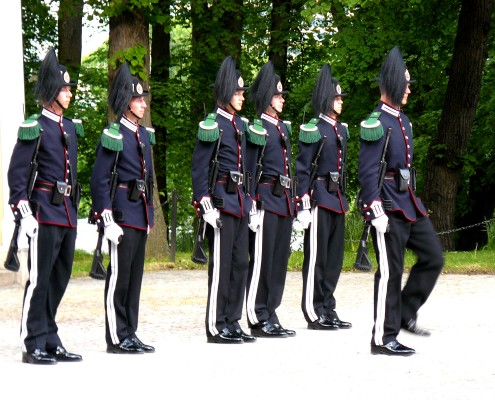 The Changing of the Guard in Oslo - Norway © Charlotte Routier
